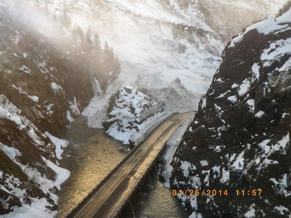 richardson-highway-avalanche-1